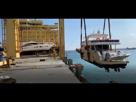 AAL Singapore Transporting Cargo of Yachts & Patrol Boats