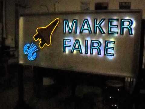 Albuquerque Mini Maker Faire 2014: EL wire / LED sign - YouTube