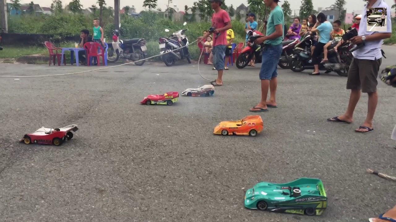 Đua xe ô tô điều khiển cực chất. Car racing games