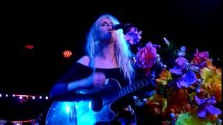 Kyla La Grange - Vampire Smile (live in  Bristol, Oct '14)
