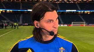Zlatan Ibrahimovic Kastar bollen på Färöarnas målvakt