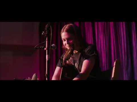 Maggie Rogers - Back In My Body (song Performance In Alaska)