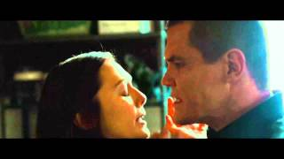 Oldboy clip with Josh Brolin and Elizabeth Olsen (Film District)