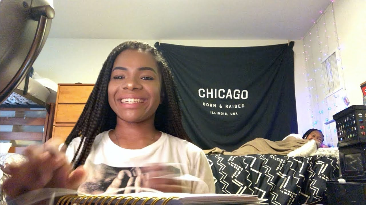 FIRST DAY OF COLLEGE VLOG