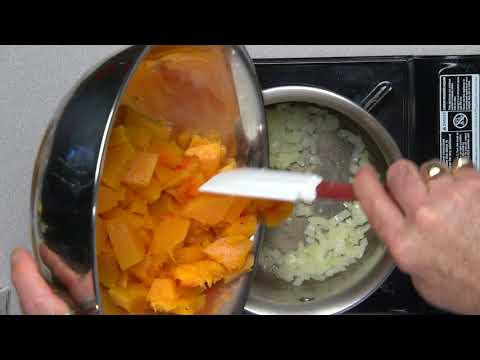 How to make roasted squash soup with chipotle cream