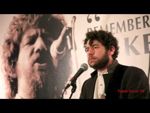 Declan O'Rourke performs 'The Foggy Dew' at a very special tribute to Luke Kelly at Glasnevin Museum