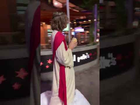 Brother Wease - VIRAL VIDEO: Man Wears Jesus Costume, Hands out Bread to Homeless