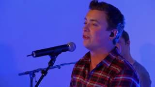 MNM: Niels Destadsbader stelt z'n nieuw nummer 'Sara' voor