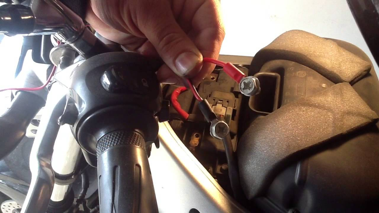 110 Volt Fuse Box Brancher Un Chargeur De Batterie Recharger Sa Moto