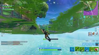 Fortnite Battle Royale: Glitched under the map
