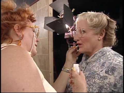 Making up Mrs  Doubtfire 1993