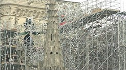 Notre-Dame workers start removal of fire-damaged scaffolding | AFP