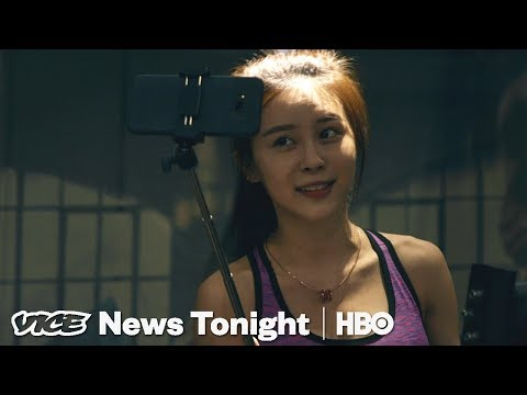 Chinese Women Are Getting Rich By Live-streaming Their Days (HBO)