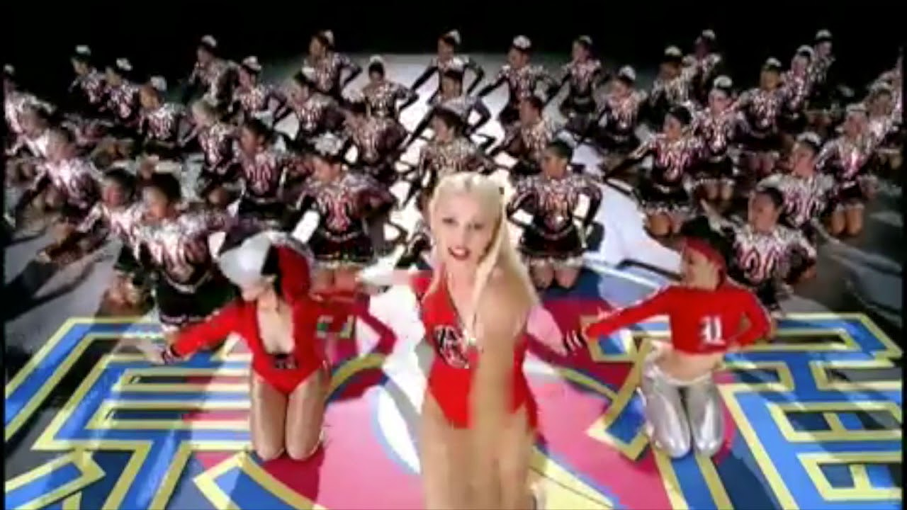 """The Bee Gees and Gwen Stefani - """"Stayin' A Hollaback Girl"""""""