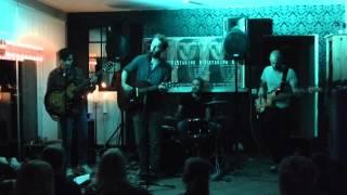 Staring Girl - Kaltes Haus (Live)