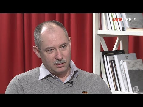 В законе о реинтеграции Донбасса Порошенко пытается 'усидеть на трёх стульях', - Олег Жданов