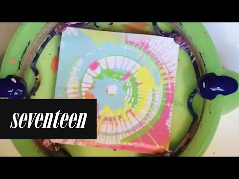 These spin art designs are mesmerizing. For more, visit https://www.instagram.com/the.spinster/?hl=en ♥ Subscribe to Seventeen! http://bit.ly/SUBToSEVENTEEN ...