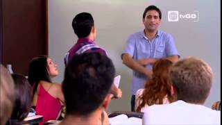 Al fondo hay sitio - Yoni Gonzalez tendrá como profesor a Manolo en la universidad - 04-03-2015