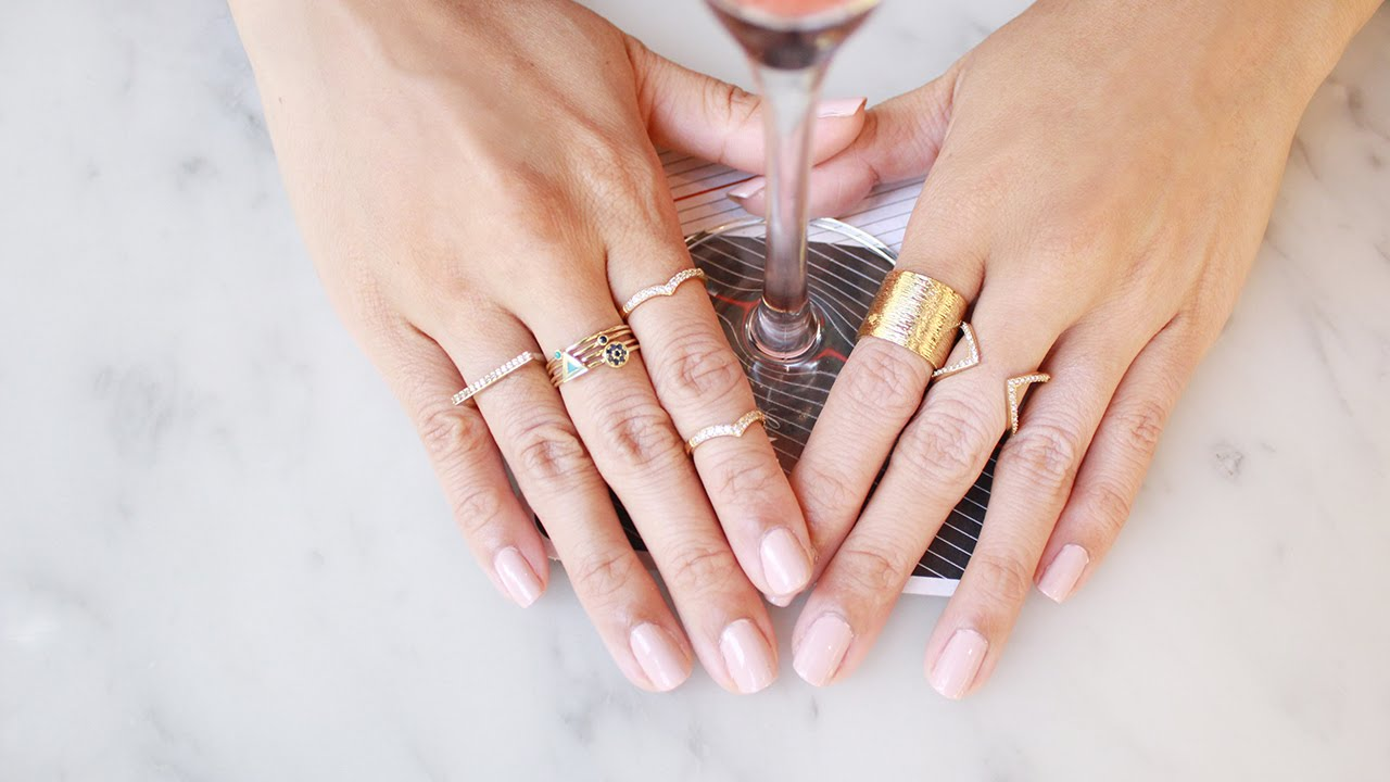 How to wear stacking rings lookmazing youtube Which finger to wear ring for single