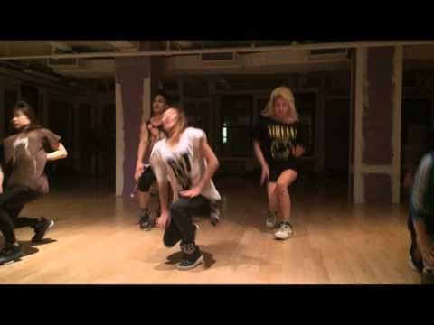 KANSAS CITY POLE DANCE LESSONS -
