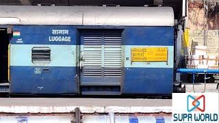 17229   Trivandrum Central    Secunderabad Sabari Express arriving at Secunderabad Jn.   SUPR WORLD