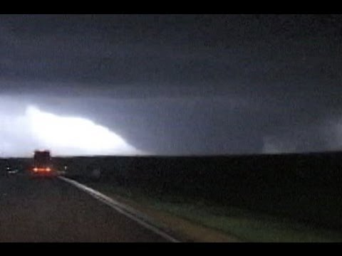 EF5 tornado in Greensburg, Kansas - May 4, 2007