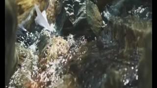 Yalın - Tatlıyla Balla [offical clip]