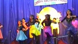 Kendriya Vidyalaya (KV) Moscow - Irish dance by Indian children