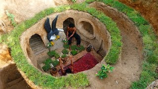 Dig To Build Underground Eagle ,House And Mini Pool Red Water