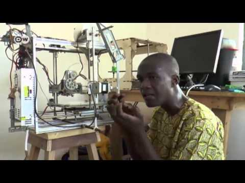 Made in Togo: A 3D printer from electronic scrap | Global 3000