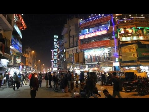INDIA - DELHI (PART 1) - NIGHT LIFE OF CITY