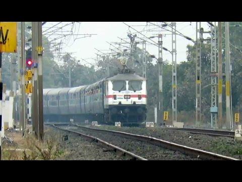 LEGEND FOREVER : Glorious Telangana Express Ex AP Express with LGD WAP7 Thrashes Sonkhamb !!