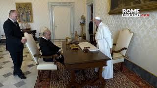 Papa pide disculpas al presidente de Malta por adelantar el horario de la reunión