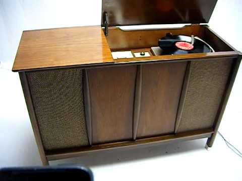 Vintage Mid Century Danish Modern Stereo Console Bluetooth