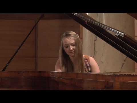 Aleksandra Świgut – F. Chopin, Etude in C minor, Op. 10 No. 12 (First stage)