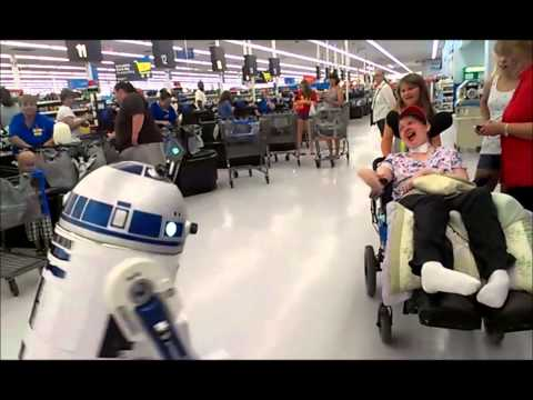 R2D2 GOES TO WALMART