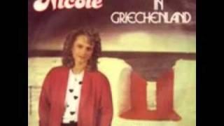 Nicole   Allein in Griechenland Video 1