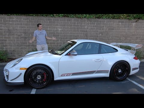 The 2011 Porsche 911 GT3RS 4.0 Is a $500,000 Track Weapon