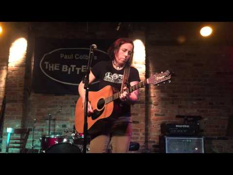 2015-12-06 - Marcy Lang @ The Bitter End - 04