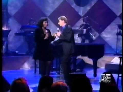 Barry Manilow - Baby It's Cold Outside