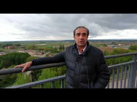 David Colinas, alcalde de Roa, muestra los atractivos de la localidad