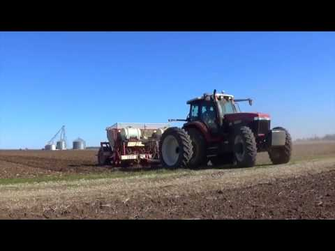 Planting Potatoes near Vincennes Indiana   March 2017