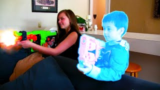 Kid heroes 30 - Spiderman vs Batgirl and the Invisible girl - Superheroes Epic Nerf War!!!