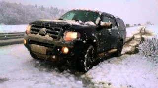 2007 Ford Expedition EL snow & mud