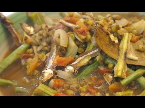 Paano magluto Ginisang Munggo Dilis recipe - Pinoy Tagalog Filipino cooking Dried Fish