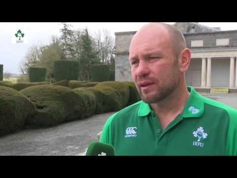 Irish Rugby TV: Greg Feek On Italy's Back-Line Threats And Scrum