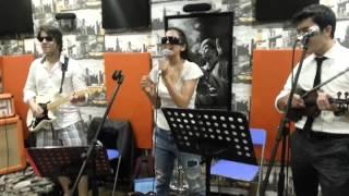 Ayda Mosharraf & The Band - Locked Out of Heaven (Bruno Mars Cover) Canlı Performans