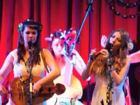 The Holly and the Ivy by The Mediaeval Baebes