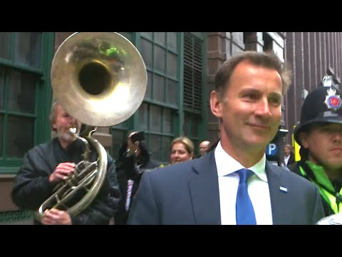 Following Jeremy Hunt With A Sousaphone AGAIN! - The Last Leg