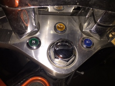 Replacing the Neutral light bulb in a Honda Shadow on